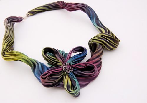 shibori flower necklace