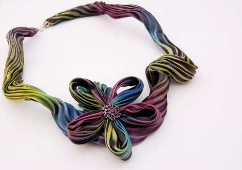 shibori flower necklace