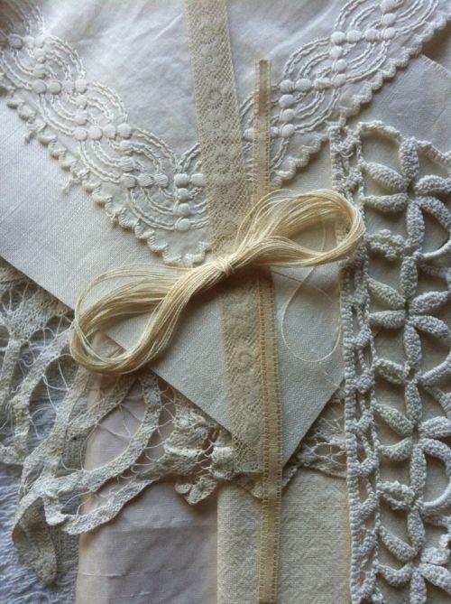 detail white