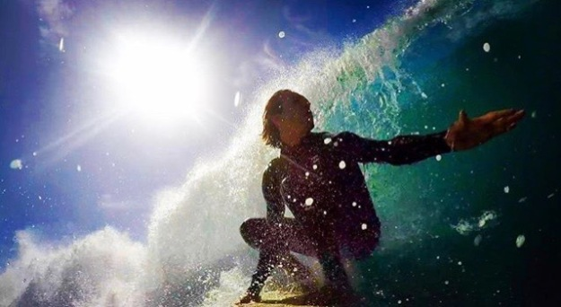 trevor surfs!